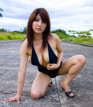 [BOMB.tv] 2009.05 Bambi Watanabe 渡辺万美